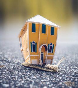 离婚时未取得产权证件的房产如何争取分割
